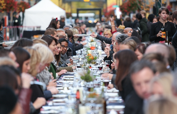 long dinner table calgary, canada 150, canada tourism, canadian food, food festivals, alberta tourism, calgary food festival