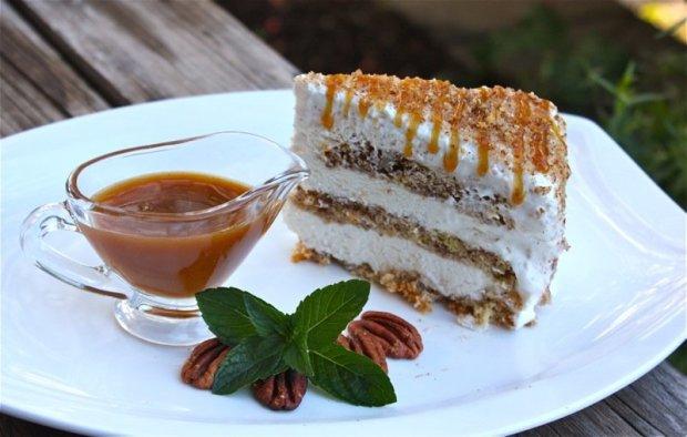 shmoo torte, shmoo cake, winnipeg eats, manitoba food, canada 150, canadian food